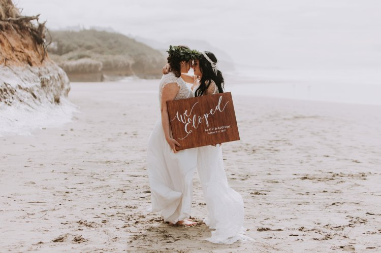 View More: http://amandajaephotography.pass.us/beachelopement3182018