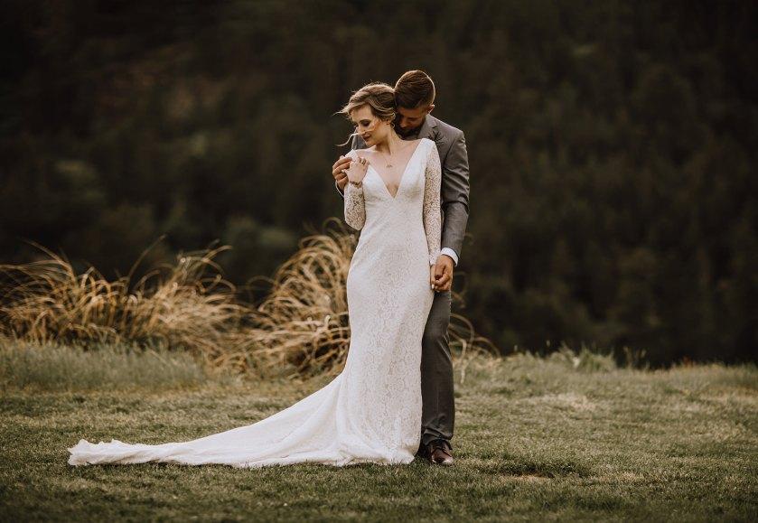 Myrtle-and-Moss-Photography-Birds-Eye-Cove-Farm-Wedding-1O9A8331
