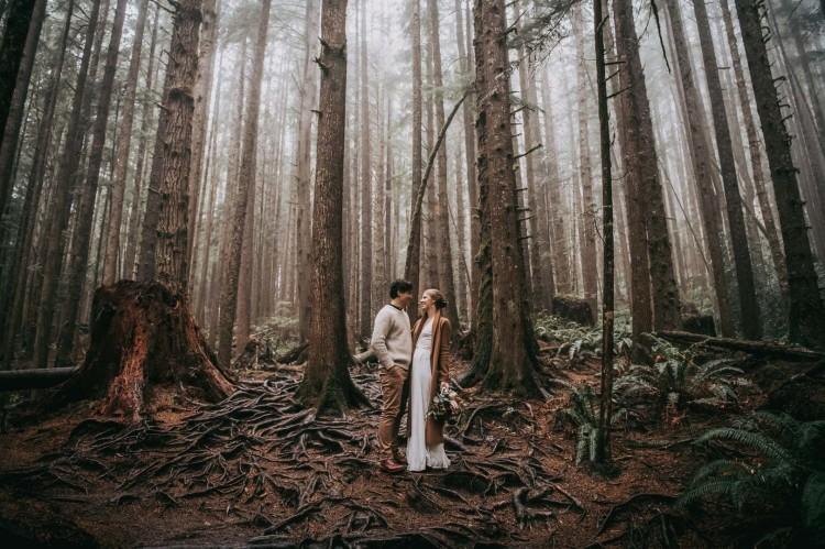 Avery_Hahn_TulleampTweedPhotography_MiraandPearceMysticBeachElopement098_big