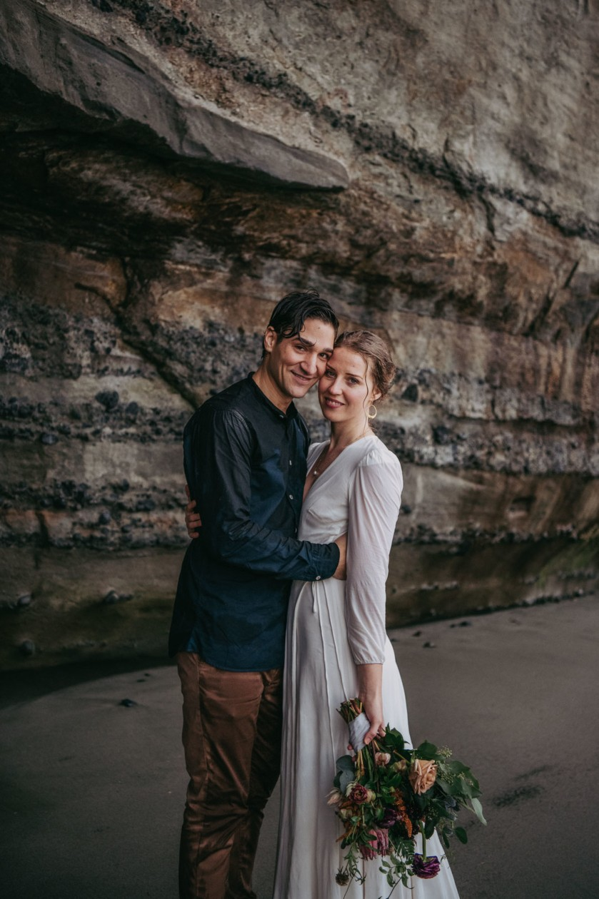Avery_Hahn_TulleampTweedPhotography_MiraandPearceMysticBeachElopement238_big